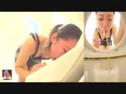 《 ゲロ・嘔吐 》飲み過ぎてゲロゲロ吐くお姉さん。の画像