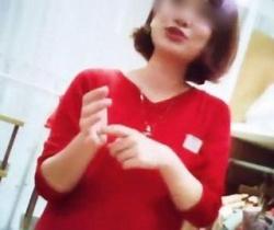 Mr.研修生流出!赤ワンピ×網タイ美人ショップ店員さんのお着替えとパンチラの画像