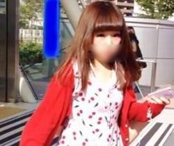 bomb流出!お人形さんみたいに可愛い美少女をロックオン!スカートめくりパンチラ撮影の画像