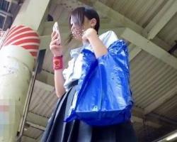 【BORMAN】パンツにシミが…wあの日の女子校生のパンチラGET!の画像