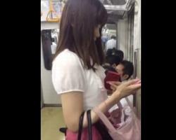 電車で見かけた美女オーラを纏う清楚系OLをストーキング隠撮!の画像