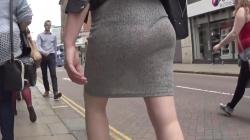 【透けパン】街中を歩いてる素人女性のムーブするエロい尻肉を隠し撮りwww【パンチラ盗撮】の画像