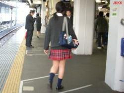 チェック柄ミニスカ制服JK画像の画像