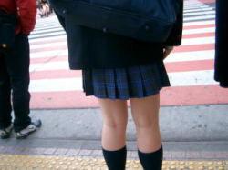 女子高生ミニスカ生足画像の画像