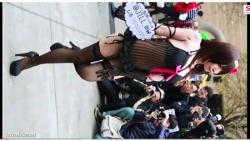 【アニコス】これはやばいスケスケすぎるコスプレイヤーのナニがポロリです!の画像