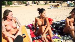 【ビーチ】海水浴場にいたトッレスのビキニギャルたちです【Boobs On The Beach+水着+露出マニア】の画像