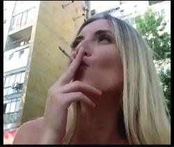 【スモーキング】セクシーお姉さんがライブチャットでタバコを吸います【xHamsterlive+ライブチャット+Nikomaster】の画像