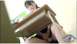 【オナニー】受験のストレスからオナニーがとまらないアウロリJKです『マスターベーション123168』【jade】の画像