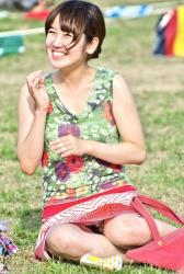 休みの日は公園に行け!ぱんちらパンチラまみれで最高だな!の画像
