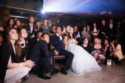 結婚式とか慣れないパーティードレスでパンチラしてる素人を激写の画像