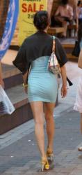 街中で見るタイトミニスカのドエロさが凄くて隠し撮り!スカートが上がってパンツ見えそうの画像