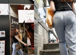 階段・エスカレーターで目の前にいる女性のお尻を見つめたら見える透けパンチラ画像の画像
