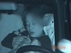 【素人盗撮】隠撮されてるとは露知らずSEXに没頭するカップルがリアル!止めた車内での性行為を撮影流出の画像