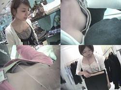 胸チラ盗撮 Haman's World Vol.7 店員さんシリーズⅤ特別編 ~最初にメチャカワショップ店員さん。形の良いオッパイ&チクビが丸見えです。の画像
