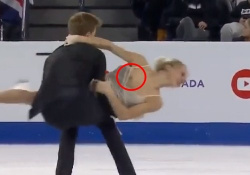 ロシアの美人アイスダンス選手、完全に乳首出しっぱなし放送事故wwwwwの画像