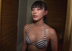 旅サラダガールズ江田友莉亜(27)、ビキニ水攻め & 上半身裸エステが激エロ!!の画像