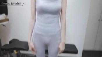 團遥香(27)、パンツ & 尻スケスケすぎるトレーニング激エロ!!の画像