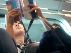 【隠撮動画】清純そうなセーラー服美少女の純白パンティ!執拗な尾行からのパンティ映像!!の画像