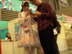 【隠撮動画】彼氏同伴のロリータファッションの美人ギャルのパンチラを隠し撮りして公開したwwwの画像