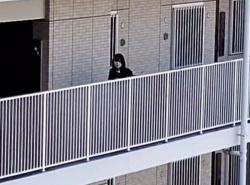【HD隠撮動画】同じマンションに住む制服美少女をエレベーターで逆さ撮り続けた記録映像がヤバイ!!の画像