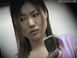 【隠撮動画】清楚系セクシー系!電車対面の素人美人お姉さん達のパンチラ激撮!!の画像