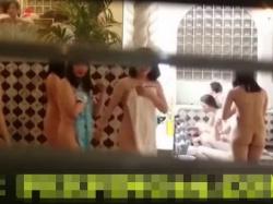 【隠撮動画】修学旅行中の集団女子校生らが宿泊先の女子風呂大浴場で盗撮された!!の画像