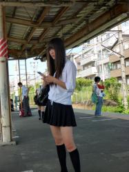 【DEAL】超かわいいS級女子の逆さ撮りの画像