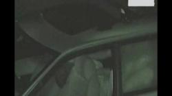 暗がりに停めた車内で乳繰り合うカップル、脱がしクンニしハメるカーセックス盗撮の画像