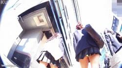 【逆さ撮り盗撮】クリオネ パンチラHOLIC・06の画像