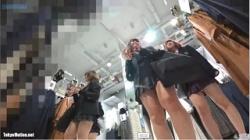 【逆さ撮り盗撮】JK好きの撮り師による逆さパンチラ108の画像