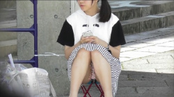 【座りパンチラ盗撮】 originate pcolle 美少女!!ミニスカでちらちら動画 ~Pcolle高画質Ver~の画像