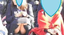 【YUKI作品】制服姿の可愛いコを発見!!(FHD)大変です!!パンツが見えてますよ9【JKパンチラ盗撮】の画像