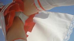 【コス生作品】【超ローアングル生パン】レイヤーのスカートの中を真下から撮影したら生パンだったw ローアン.vol2【コスプレイヤー盗撮】の画像