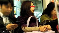 【ふくろう作品】めくり撮りパンチラ part24 お姉さん編【パンチラ盗撮】の画像
