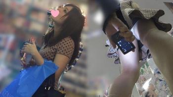 【パンチラ盗撮】【JCAI】【HD】靴@逆さ撮り編10(re-edit)【安価】の画像