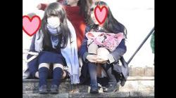 【パンチラ盗撮】【YUKI】制服姿の可愛いコを発見!!(FHD)大変です!!パンツが見えてますよ 8の画像