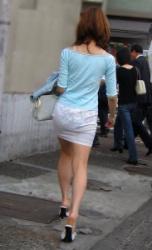 【拾い透け】パンティが透けたお尻を魅せつける女性たち!Vol.11の画像