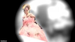 結婚式場の会場で巨乳花嫁の衣装を着替えてる様子を2カメで盗撮の画像