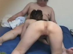 無修正!自宅に連れ込んだ従順素人娘とセックスする様子を隠し撮りの画像