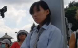 【パンチラ盗撮】制服JKのスカート捲りパンチラ動画の画像