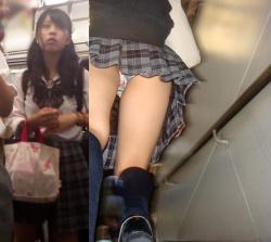 【JK逆さ撮り盗撮エロ画像】良く見かける女子校生のスカート内部はこうなってるんだよwwwの画像