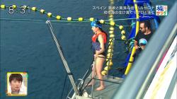 【画像あり】『朝だ!生です旅サラダ』江田友莉亜さんのマグロと一緒に泳ぐ時のビキニ水着お尻がエチエチ過ぎた件!の画像
