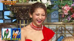 【画像あり】『超踊る!さんま御殿!!』ゆきぽよさんが赤いミニスカ衣装で下着をチラチラと見せる!の画像