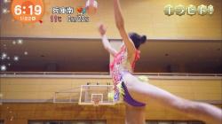 【画像あり】『めざましテレビ』新体操界期待の星の美少女のハイレグレオタード姿がエチエチだった件!の画像