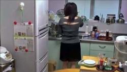 【無】【個人撮影】おうち時間de家事妻にムラムラバックからワクチン挿入篇!!の画像