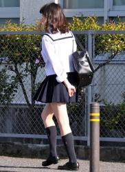 【eros630街撮りJK】制服姿とピチピチの白い肌がエロスを醸し出す何処かで見たことがあるかもしれないJK画像26の画像