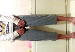【素人流出】芋系JKが自宅のお風呂でおしっこお漏らしする自撮り動画をエロイプで送信した結果wwwの画像