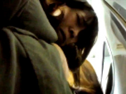 【犯罪注意】今まさに痴漢被害にあっている仕事帰りのOLさん、一部始終を隠し撮りされる(動画あり)の画像