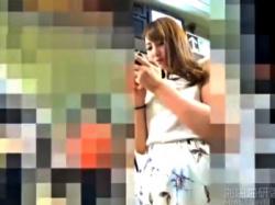 この激カワJDちゃんがパンチラ盗撮されてるんだがwww(動画あり)の画像
