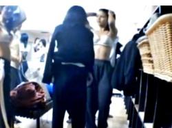 JK撮り師の修学旅行盗撮!美少女同級生を脱衣所でこっそり隠し撮りしたヤバイやつ・・!の画像